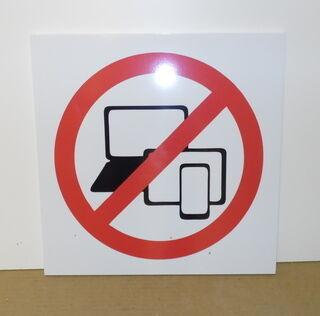 Hoiatussilt - nutiseadmed keelatud
