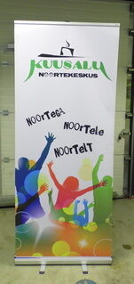 Roll up bänner - Kuusalu Noortekeskus