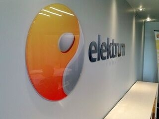 Elektrum freesitud logo